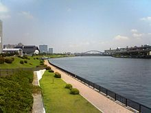 220px-Sumidagawa-River08080801.jpg